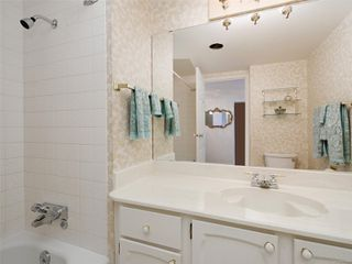 Photo 15: 401 2920 Cook St in : Vi Mayfair Condo Apartment for sale (Victoria)  : MLS®# 851699