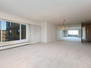 Photo 5: 401 2920 Cook St in : Vi Mayfair Condo Apartment for sale (Victoria)  : MLS®# 851699