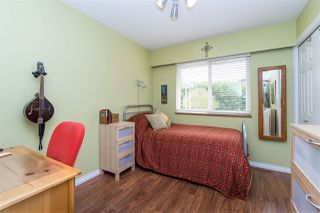 """Photo 17: 14230 20 Avenue in Surrey: Sunnyside Park Surrey House for sale in """"Sunnyside"""" (South Surrey White Rock)  : MLS®# R2499825"""