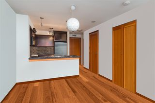 """Photo 3: 325 10 RENAISSANCE Square in New Westminster: Quay Condo for sale in """"MURANO LOFTS"""" : MLS®# R2503048"""