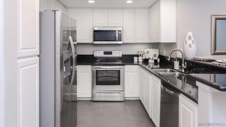 Photo 2: UNIVERSITY CITY Condo for sale : 2 bedrooms : 9245 Regents Rd. #M212 in La Jolla/University City