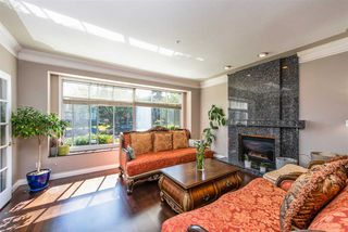 Photo 4: 2137 W 20TH Avenue in Vancouver: Arbutus House for sale (Vancouver West)  : MLS®# R2528675