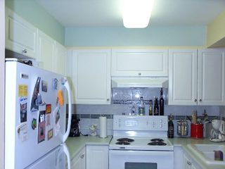 Photo 3: 211 8110 120 A Street: Condo for sale (Queen Mary Park)  : MLS®# F2506139