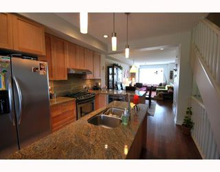 "Photo 3: 48 6188 BIRCH Street in Richmond: McLennan North Townhouse for sale in ""BRANDY WINE"" : MLS®# V780264"