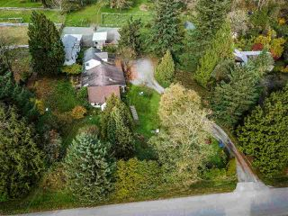 """Photo 2: 19467 78TH Avenue in Surrey: Clayton House for sale in """"Clayton"""" (Cloverdale)  : MLS®# R2414756"""