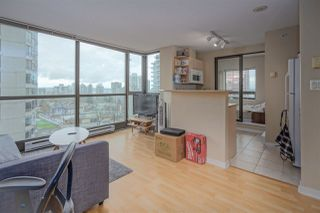 "Photo 7: 1202 1367 ALBERNI Street in Vancouver: West End VW Condo for sale in ""The Lions"" (Vancouver West)  : MLS®# R2431750"