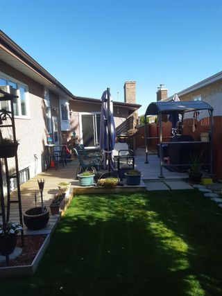 Photo 37: 15912 101 Street in Edmonton: Zone 27 House for sale : MLS®# E4187155