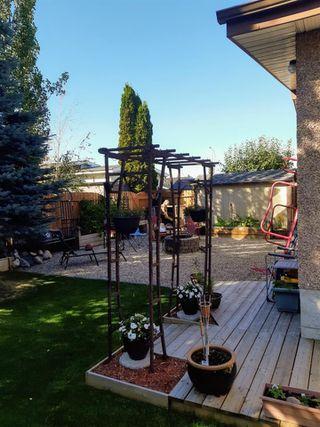 Photo 39: 15912 101 Street in Edmonton: Zone 27 House for sale : MLS®# E4187155