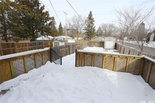 Photo 38: 200A 111th Street in Saskatoon: Sutherland Residential for sale : MLS®# SK799015