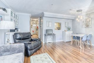 """Photo 6: 20 8892 208 Street in Langley: Walnut Grove Townhouse for sale in """"LMS1474"""" : MLS®# R2444352"""