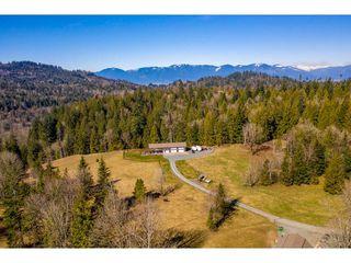 Photo 2: 5175 FARNHAM Road in Chilliwack: Ryder Lake House for sale (Sardis)  : MLS®# R2446797