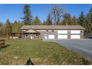 Photo 3: 5175 FARNHAM Road in Chilliwack: Ryder Lake House for sale (Sardis)  : MLS®# R2446797