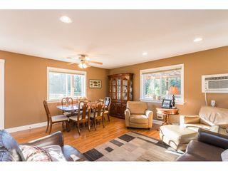 Photo 4: 5175 FARNHAM Road in Chilliwack: Ryder Lake House for sale (Sardis)  : MLS®# R2446797