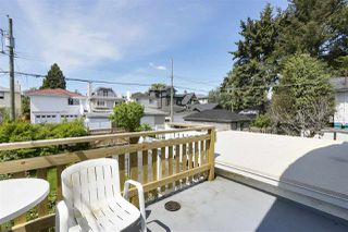 "Photo 15: 8221 CARTIER Street in Vancouver: Marpole House for sale in ""Marpole Village"" (Vancouver West)  : MLS®# R2454201"