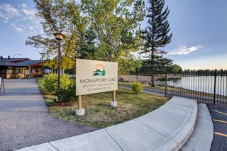 Photo 4: 919 MIDRIDGE Drive SE in Calgary: Midnapore Detached for sale : MLS®# A1016127