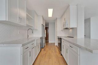 Photo 7: LA JOLLA Condo for sale : 2 bedrooms : 909 Coast Blvd #22