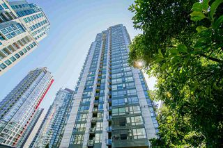 "Photo 1: 1706 1239 W GEORGIA Street in Vancouver: Coal Harbour Condo for sale in ""VENUS"" (Vancouver West)  : MLS®# R2488279"