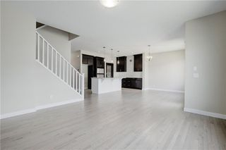 Photo 6: 223 EVANSGLEN Circle NW in Calgary: Evanston Detached for sale : MLS®# A1039757