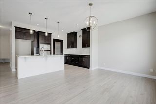 Photo 14: 223 EVANSGLEN Circle NW in Calgary: Evanston Detached for sale : MLS®# A1039757