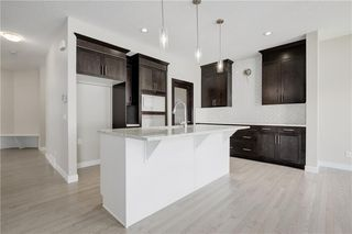 Photo 10: 223 EVANSGLEN Circle NW in Calgary: Evanston Detached for sale : MLS®# A1039757