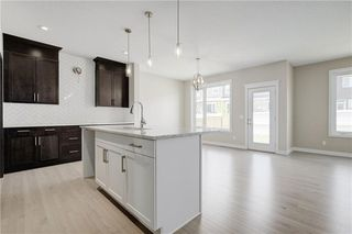 Photo 9: 223 EVANSGLEN Circle NW in Calgary: Evanston Detached for sale : MLS®# A1039757