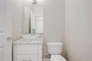 Photo 18: 223 EVANSGLEN Circle NW in Calgary: Evanston Detached for sale : MLS®# A1039757