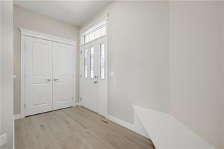 Photo 3: 223 EVANSGLEN Circle NW in Calgary: Evanston Detached for sale : MLS®# A1039757
