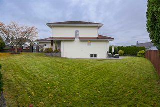 Photo 3: 651 LOST LAKE Drive in Coquitlam: Coquitlam East House for sale : MLS®# R2517820