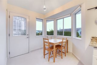 Photo 16: 651 LOST LAKE Drive in Coquitlam: Coquitlam East House for sale : MLS®# R2517820