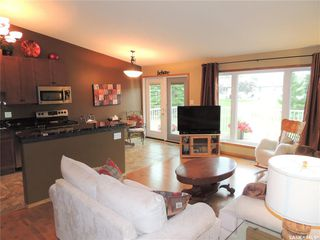 Photo 5: 3257 RENFREW Crescent East in Regina: Windsor Park Residential for sale : MLS®# SK834600