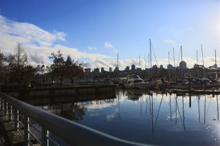 Main Photo: 607 638 BEACH Crescent in Vancouver: Yaletown Condo for sale (Vancouver West)  : MLS®# R2522568