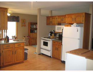 Photo 4: 3 COTTONWOOD Bay in STONEWALL: Argyle / Balmoral / Grosse Isle / Gunton / Stony Mountain / Stonewall / Marquette / Warren / Woodlands Residential for sale (Winnipeg area)  : MLS®# 2918724