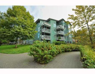 """Photo 34: 103 1920 E KENT SOUTH Avenue in Vancouver: Fraserview VE Townhouse for sale in """"HARBOUR HOUSE"""" (Vancouver East)  : MLS®# V802219"""