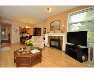 """Photo 26: 103 1920 E KENT SOUTH Avenue in Vancouver: Fraserview VE Townhouse for sale in """"HARBOUR HOUSE"""" (Vancouver East)  : MLS®# V802219"""