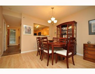 """Photo 27: 103 1920 E KENT SOUTH Avenue in Vancouver: Fraserview VE Townhouse for sale in """"HARBOUR HOUSE"""" (Vancouver East)  : MLS®# V802219"""