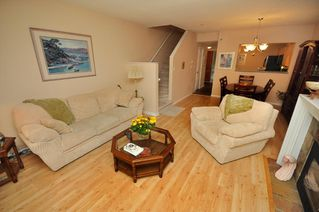 """Photo 2: 103 1920 E KENT SOUTH Avenue in Vancouver: Fraserview VE Townhouse for sale in """"HARBOUR HOUSE"""" (Vancouver East)  : MLS®# V802219"""