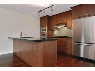 """Photo 3: 329 3228 TUPPER Street in Vancouver: Cambie Condo for sale in """"OLIVE"""" (Vancouver West)  : MLS®# V815657"""