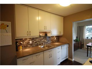 "Photo 5: 307 2777 OAK Street in Vancouver: Fairview VW Condo for sale in ""TWELVE OAKS"" (Vancouver West)  : MLS®# V826001"