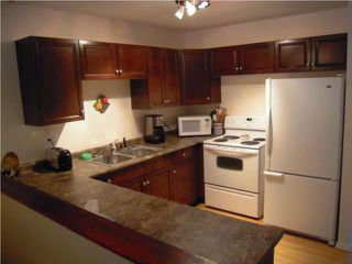 Photo 9: 377 Brooklyn Street in WINNIPEG: St James Residential for sale (West Winnipeg)  : MLS®# 1008206
