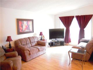 Photo 3: 377 Brooklyn Street in WINNIPEG: St James Residential for sale (West Winnipeg)  : MLS®# 1008206