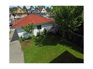 """Photo 9: 2039 E 13TH Avenue in Vancouver: Grandview VE House for sale in """"TROUT LAKE"""" (Vancouver East)  : MLS®# V831057"""