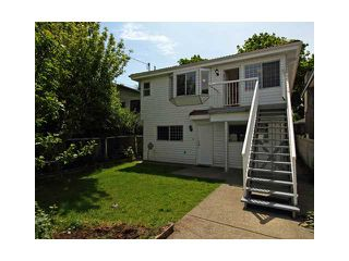 """Photo 8: 2039 E 13TH Avenue in Vancouver: Grandview VE House for sale in """"TROUT LAKE"""" (Vancouver East)  : MLS®# V831057"""