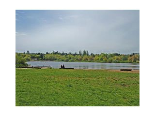 """Photo 10: 2039 E 13TH Avenue in Vancouver: Grandview VE House for sale in """"TROUT LAKE"""" (Vancouver East)  : MLS®# V831057"""