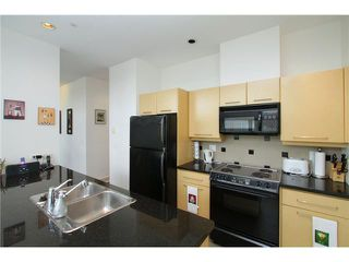 Photo 5: PH2 2088 W 11TH Avenue in Vancouver: Kitsilano Condo for sale (Vancouver West)  : MLS®# V860952