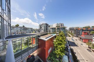 Photo 16: 908 38 W 1ST Avenue in Vancouver: False Creek Condo for sale (Vancouver West)  : MLS®# R2389824