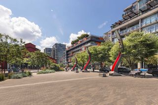 Photo 18: 908 38 W 1ST Avenue in Vancouver: False Creek Condo for sale (Vancouver West)  : MLS®# R2389824