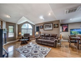 Photo 11: 20567 98 Avenue in Langley: Walnut Grove House for sale : MLS®# R2410656