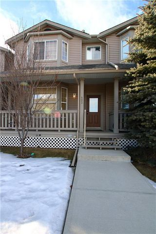 Photo 1: 402 2001 LUXSTONE Boulevard SW: Airdrie Row/Townhouse for sale : MLS®# C4284941
