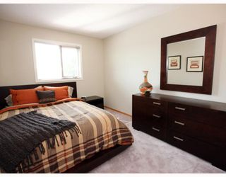 Photo 6: 52 KEELEGATE Place in WINNIPEG: St Vital Residential for sale (South East Winnipeg)  : MLS®# 2915677