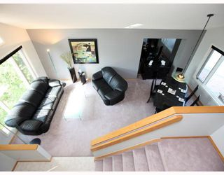Photo 3: 52 KEELEGATE Place in WINNIPEG: St Vital Residential for sale (South East Winnipeg)  : MLS®# 2915677